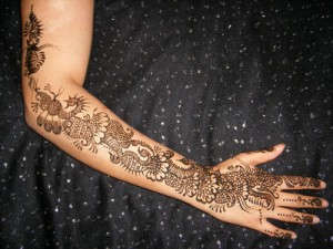 Henna Paint in the desert