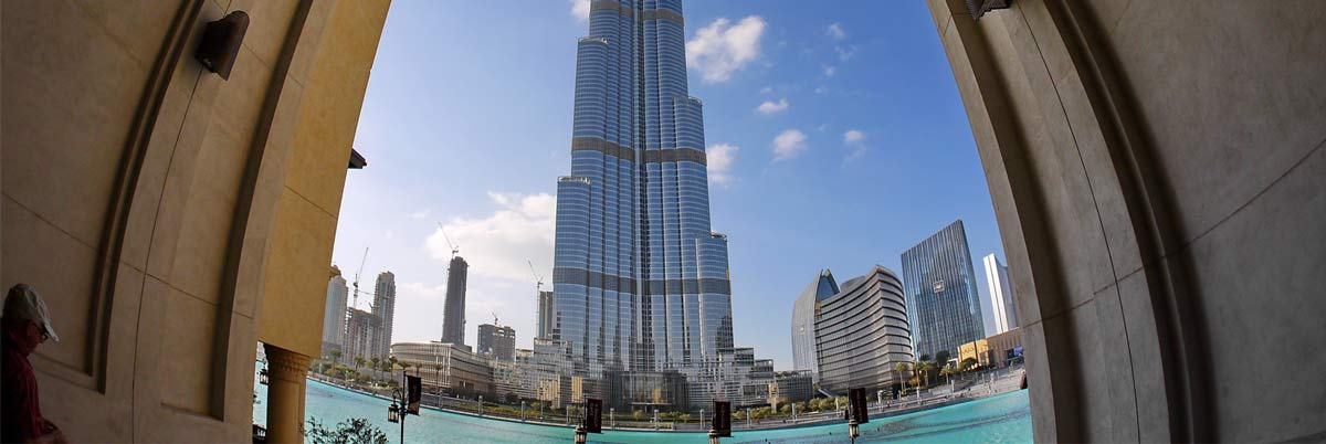 Burj-Khalifa-+-Dubai-Aquirium-Entrance-Tickets