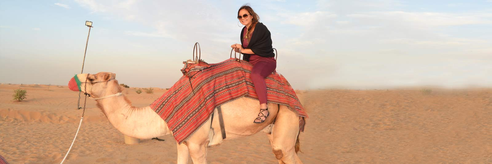 Camel-Ride-in-the-desert